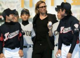 Brad Pitt meets boys from Miyagi Pref.